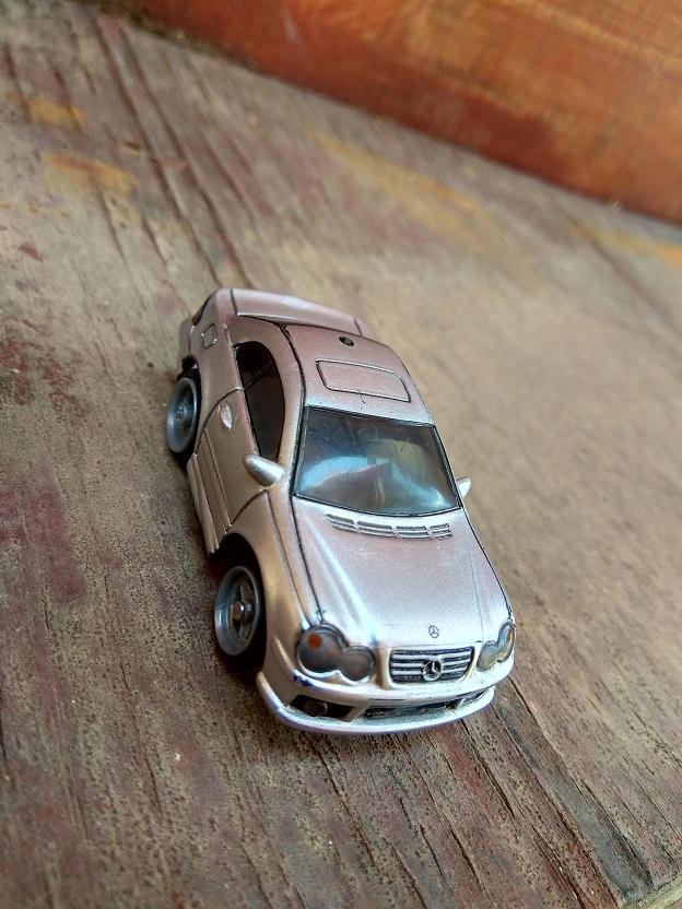 מיוחדים מכונית קטנה כסופה. דגם מרצדס, צעצוע מכונית משחק. IW-91