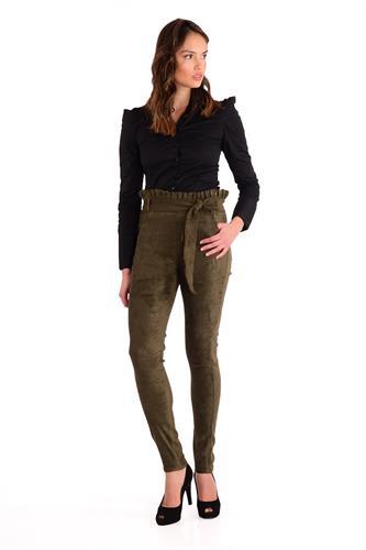 מכנס  צמוד וגבוה בצבע זית עם חגורה