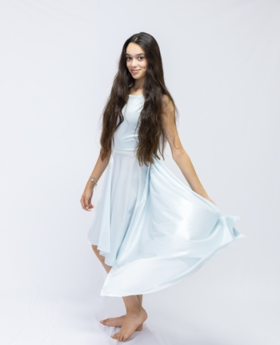 שמלת ספיר לבת מצווה