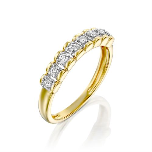טבעת הנסיכה הקסומה משובצת יהלומים בזהב לבן או צהוב 14 קראט
