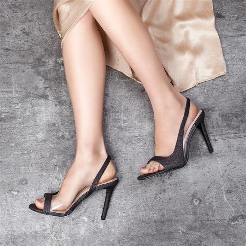 נעל עקב אטלנטה