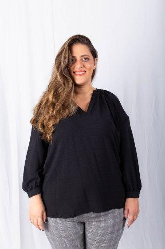חולצת בלייק שחורה
