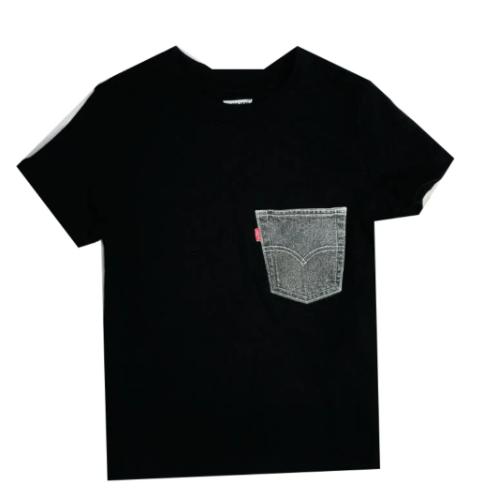 טי שירט LEVIS שחורה עם כיס ג׳ינס - 1-7 שנים