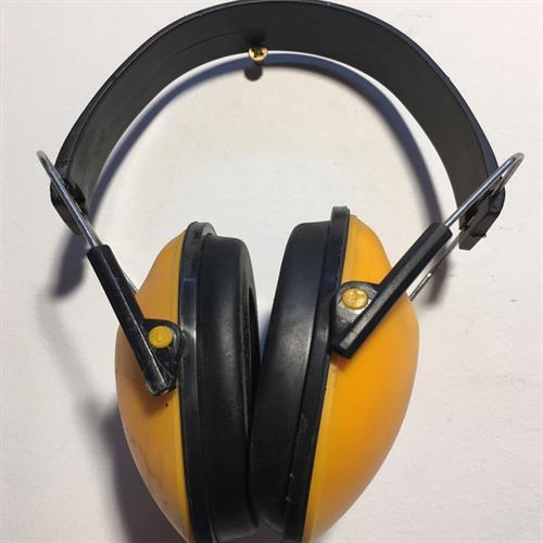 """אוזניות מגן מפני רעש כלים מוטוריים ורכבי צמ""""ה"""