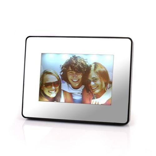 מסגרת מראה עם תמונה