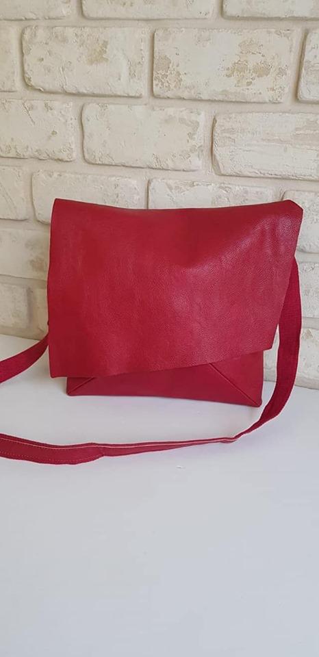 תיק צד נילי אדום