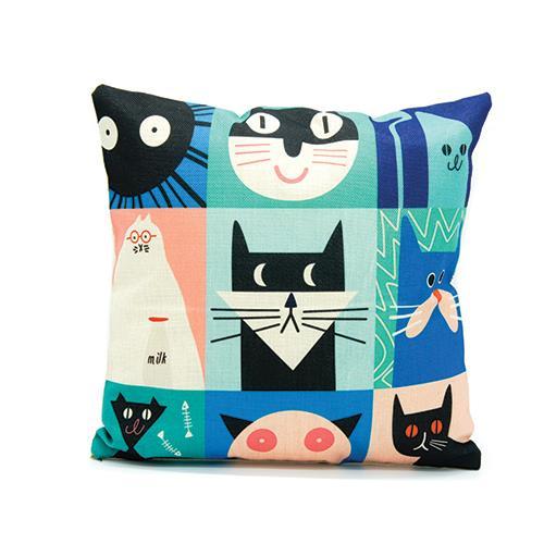כרית נוי חתולים בצבעים