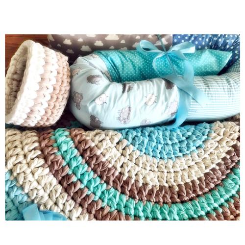 שטיח סרוג לחדר התינוק, סלסלה לשידת החתלה, נחשוש לתינוק - סט מושלם