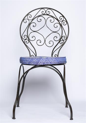 כסא פרזול עגול