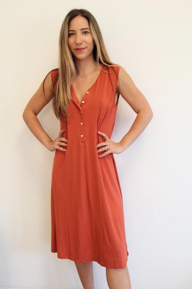 שמלת כפתורים אדומה