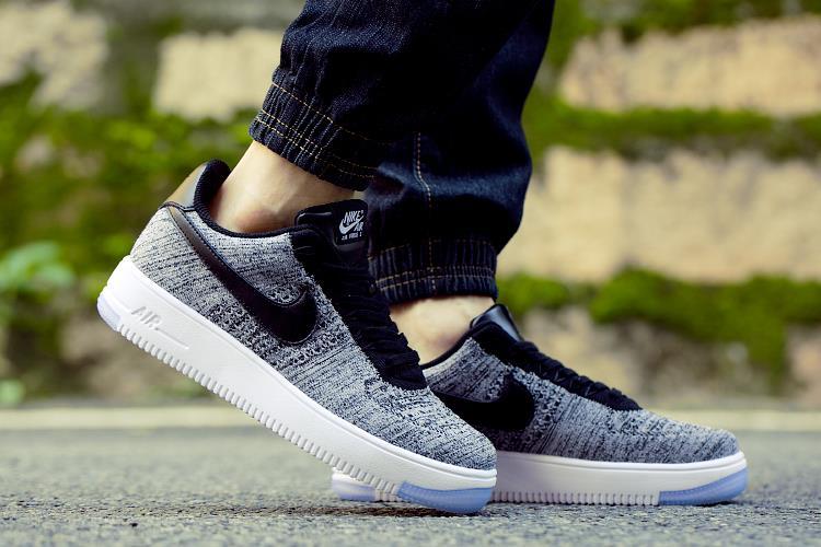 נעלי ספורט מעוצבות Nike Air Force1 FLYKNIT