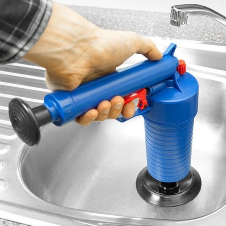 אקדח פומפה לשחרור סתימות בקלות בכיור ובשירותים