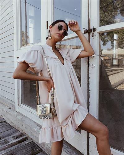 שמלת פאולה - קרם  פיץ׳
