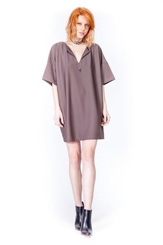 שמלת זואי חומה