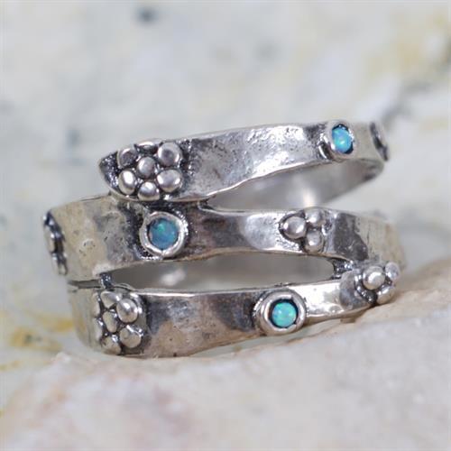 טבעת משובצת אופל GE6132