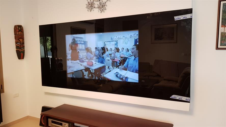 מסך זכוכית לטלויזיה 11