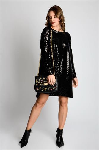 שמלת  אוברסייז מיקה  פייטים