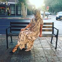 שמלת רוז ורוד מודפס