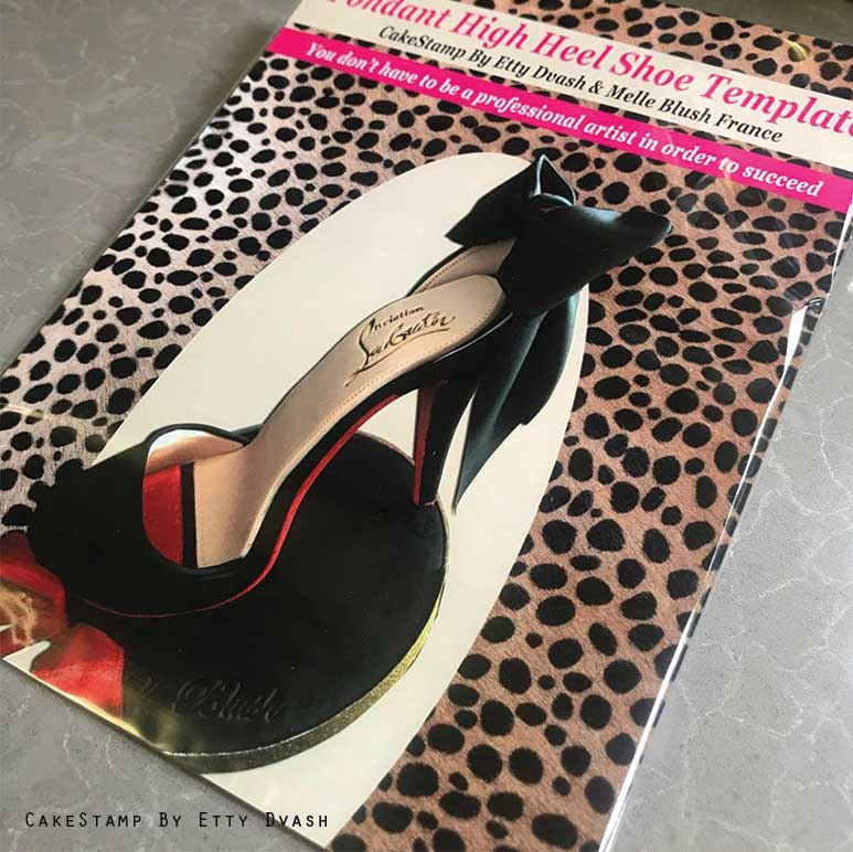 SET OF HIGH HEEL SHOE TEMPLATES