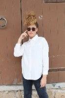 חולצה מכופתרת טומי לבנה