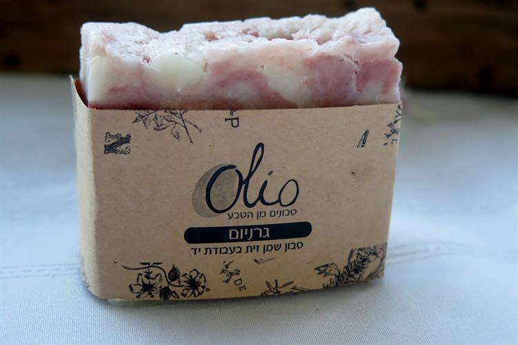 סבון בניחוח פרחוני גרניום וילנג ילנג