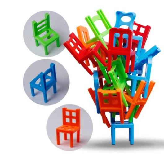 מגדל הכיסאות
