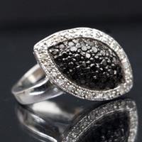 טבעת כסף משובצת טופז שחור וזרקונים RG7539