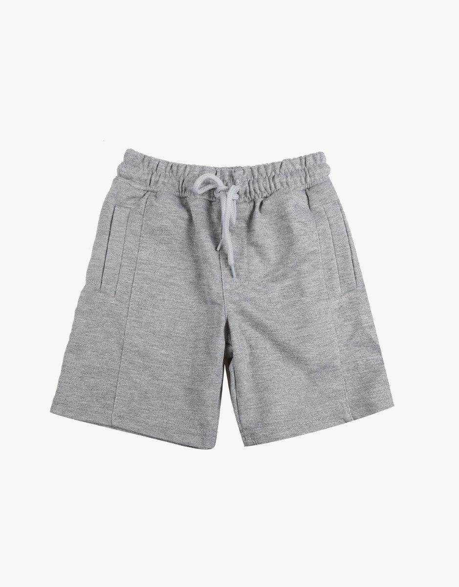 מכנס קצר עם כיס