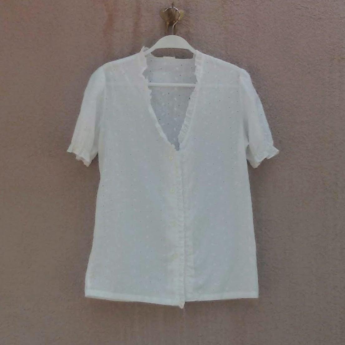 חולצת כותנה לבנה מכופתרת מידה S/M