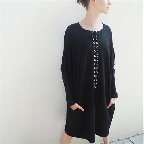 שמלת ואלי שחור נקודות
