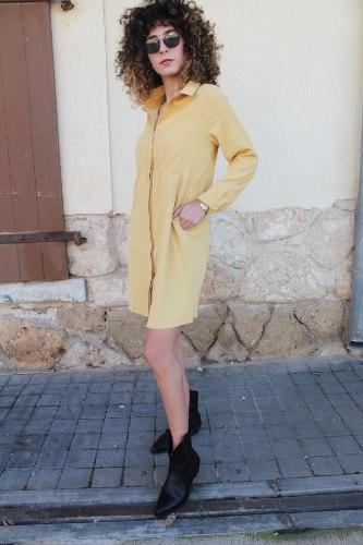שמלת מכופתרת כיווץ צהובה