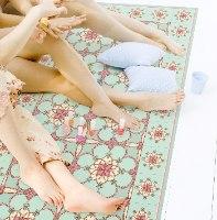 שטיח פי.וי.סי ירקרק רומנטי TIVA DESIGN קיים בגדלים שונים