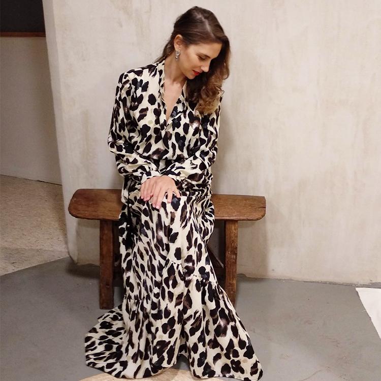 שמלת עלמה מקסי מנומר