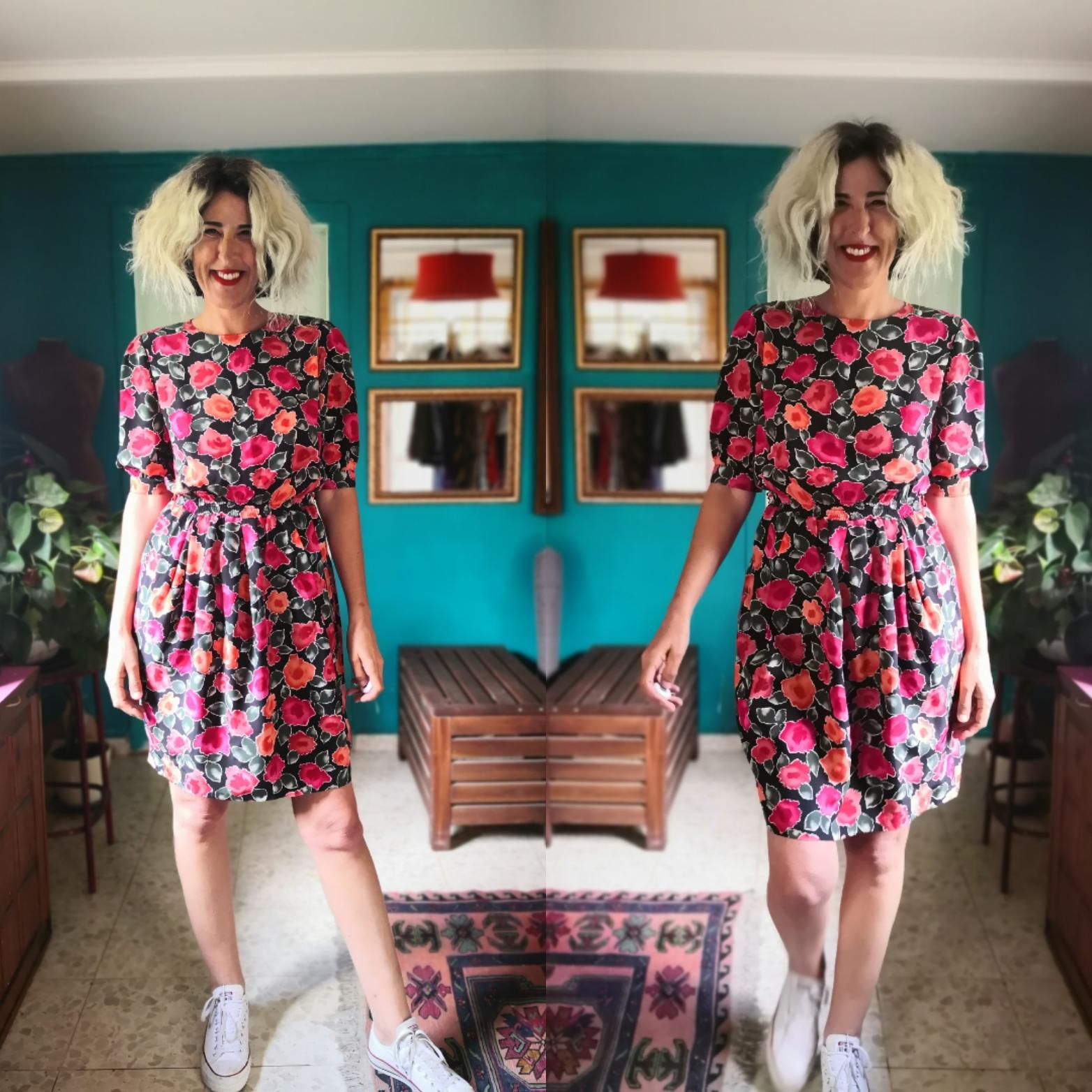 שמלה פרחונית משמחת מידה S/M