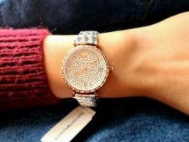 שעון ארמני לאישה דגם AR11293
