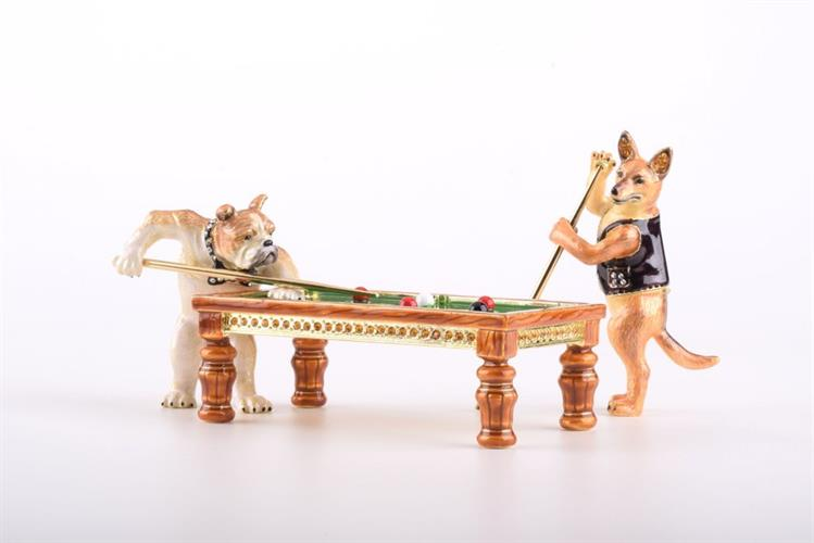 קופסת תכשיטים כלבים משחקים ביליארד