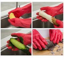 קילוף נעים! כפפות Tater Mitts לקילוף מהיר ומושלם של מגוון ירקות
