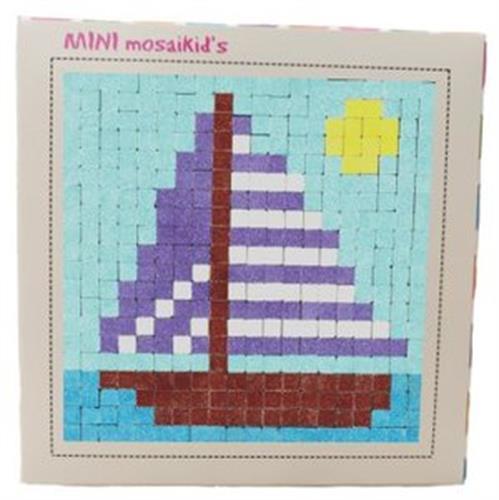 מיני מוזאיקידס - מפרשית 695