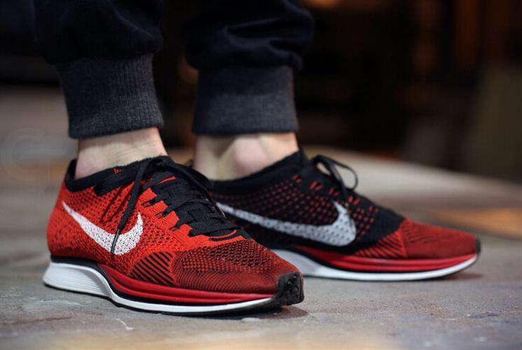 נעלי Nike Flyknit Racer בגימור Red Black מידות 40-45