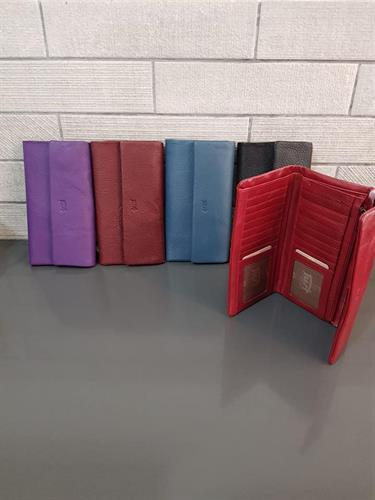 ארנק עור 6006 שחור, סגול, כחול, אדום
