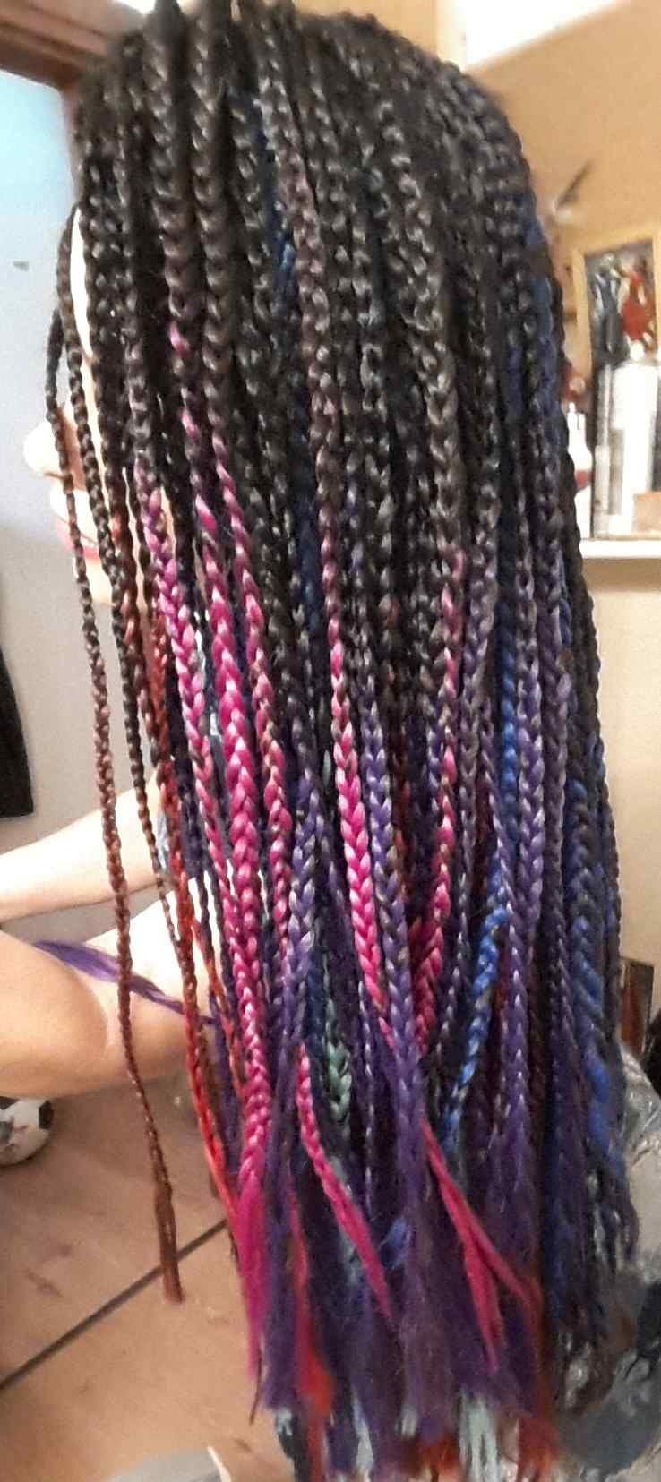 תוספות שיער צבעוניות לצמות