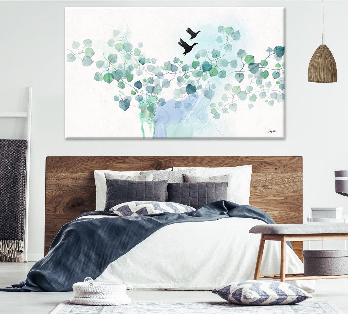תמונה טורקיז מעל מיטה זוגית לחדר שינה