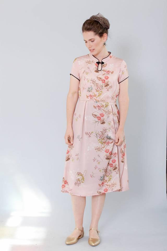 שמלת סיקה ורודה