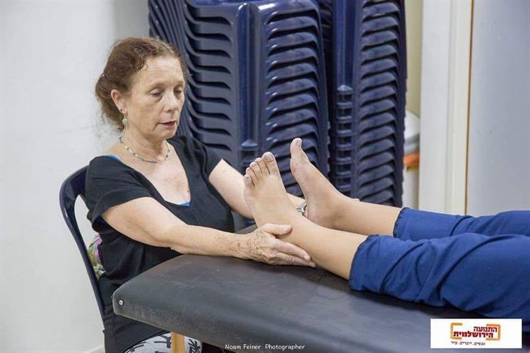 טיפול קרניו סאקרל - רעיה לייטון