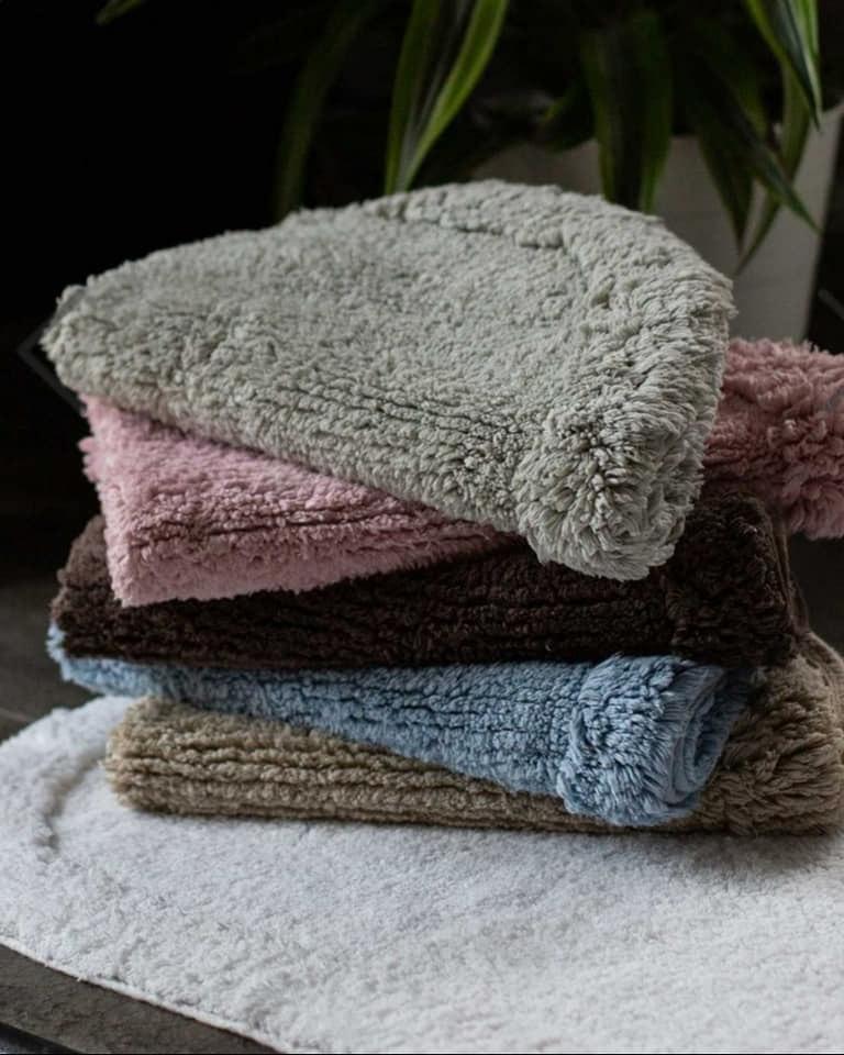 שטיחוני אמבט שלי מבית ורדינון