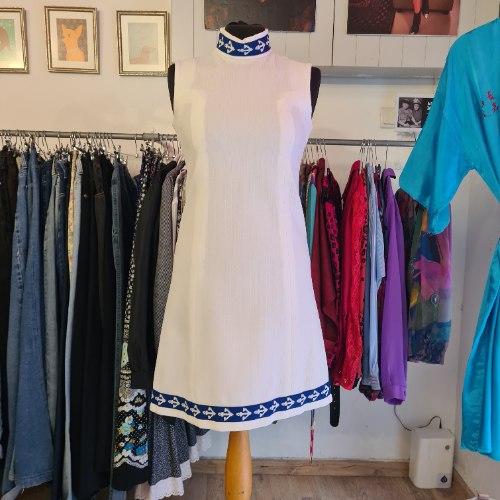 שמלת גולף לבנה מידה S/M