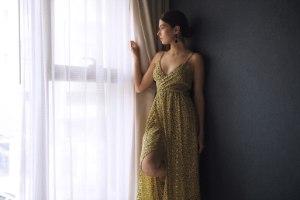 שמלה סקרלט