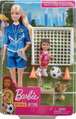ברבי מאמנת כדורגל