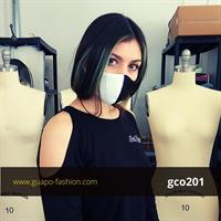מסכת בד מעוצבת - חצי שחור חצי לבן face mask