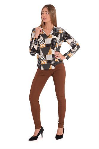 מכנס  צמוד וגבוה בצבע חום
